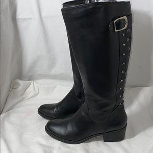Cosmopolitan black knee-high boots zip up size 8.5